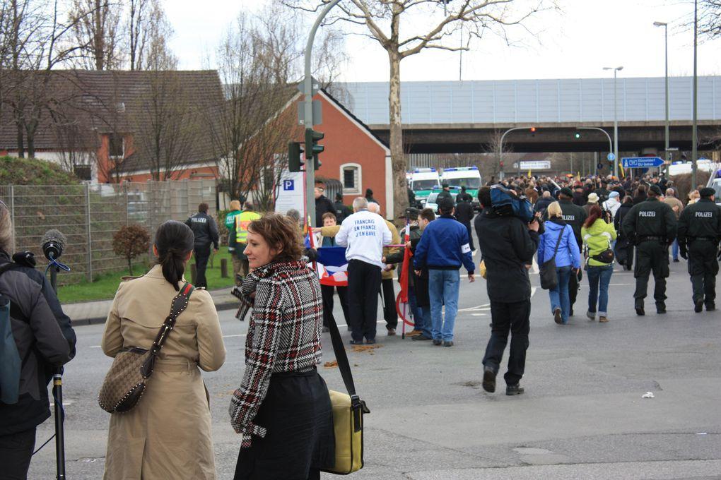 Forte mobilisation à Duisbourg le 28 mars, pour contrer les manifestations anti-mosquée initiées par Pro-NRW et le NPD.