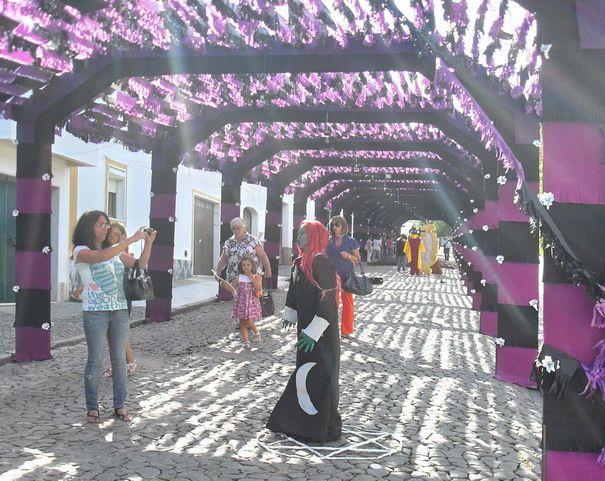Fête de la Fleur de papier 31 juillet 2011  à Redondo en Alentejo