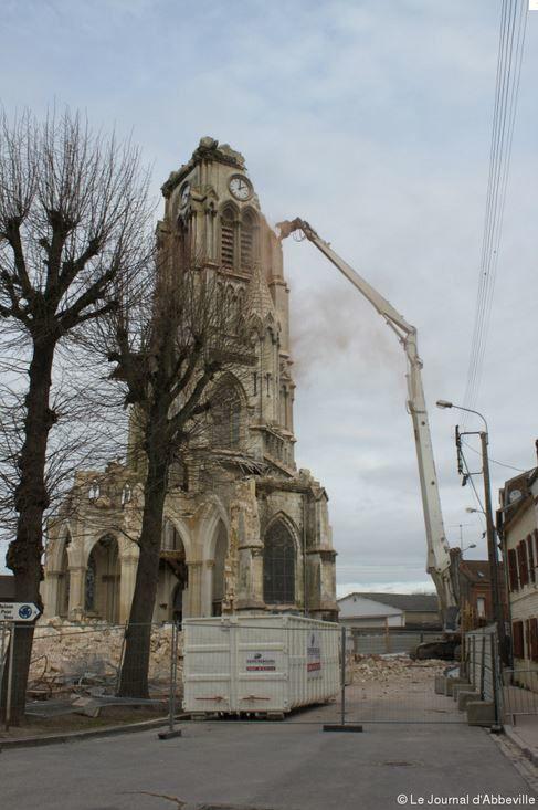 Photos de la destruction de l'église Saint-Jacques d'Abbeville.