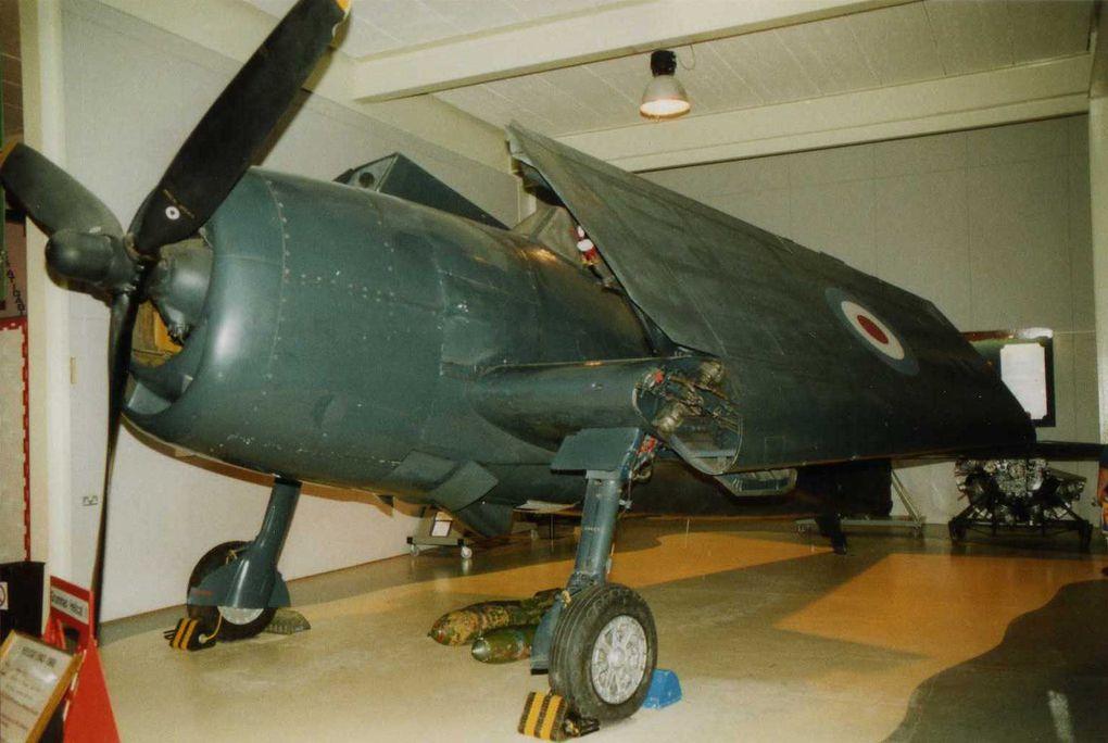 Avions de la seconde guerre mondiale et dernier pistons