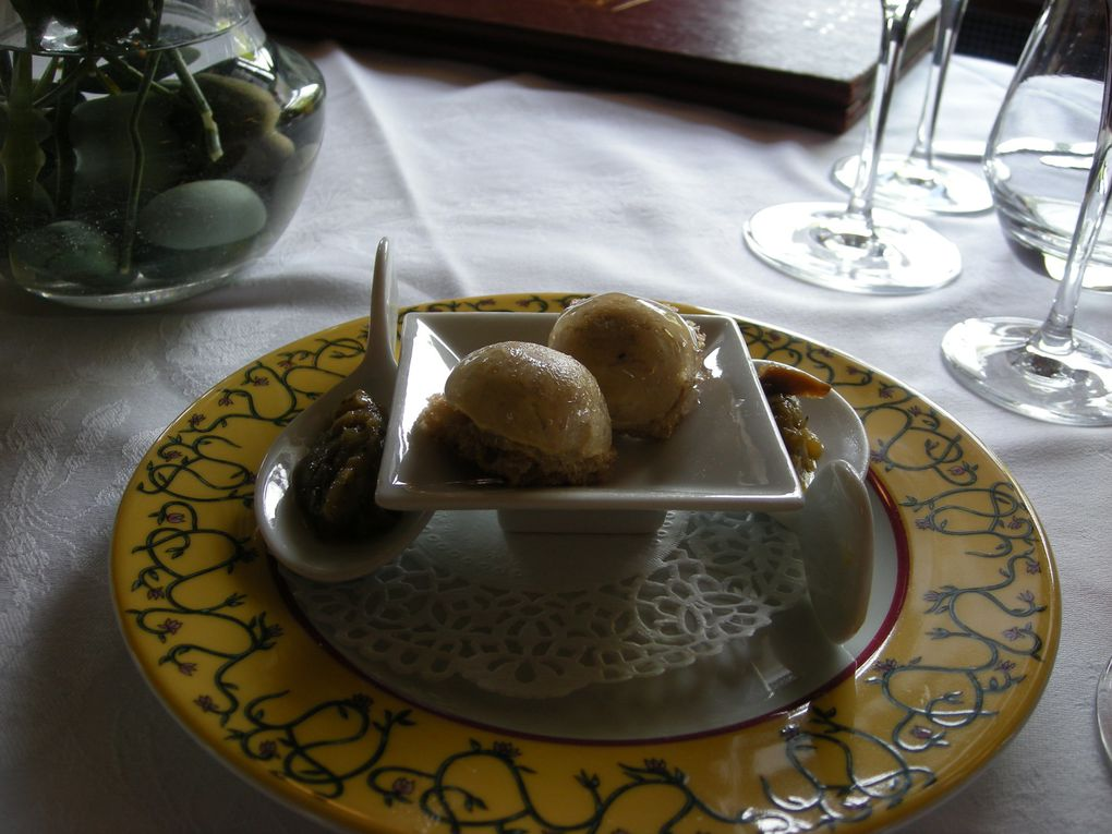 Quelques photos prise lors de notre anniversaire de mariage a notre restaurant favori, si une fois vous êtes en Haute-Savoie et que vous voulez bien manger, n'hésitez pas de rendre visite a Jean-Marie & Florence Chanove au Refuge des gourmets a Mac