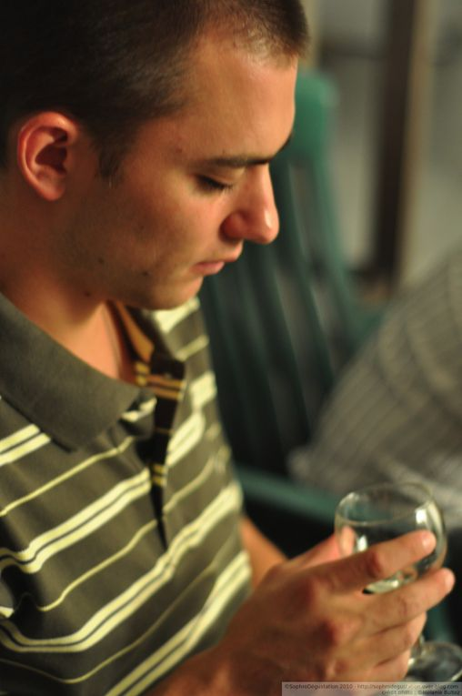 Déroulement d'une soirée Sophro-dégustation à domicile entre amis.Crédits photos Mélanie Bultezhttp://mbpix.jimdo.com