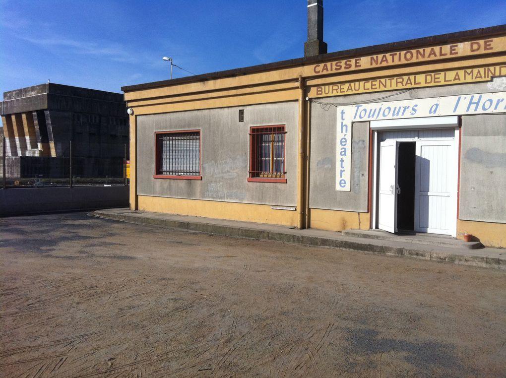 Quelques photos de notre événement 2011. Au théâtre toujours à l'horizon et à St Jean de Liversay. Photos du spectacle de Lafabbrica : Aspettando Nil
