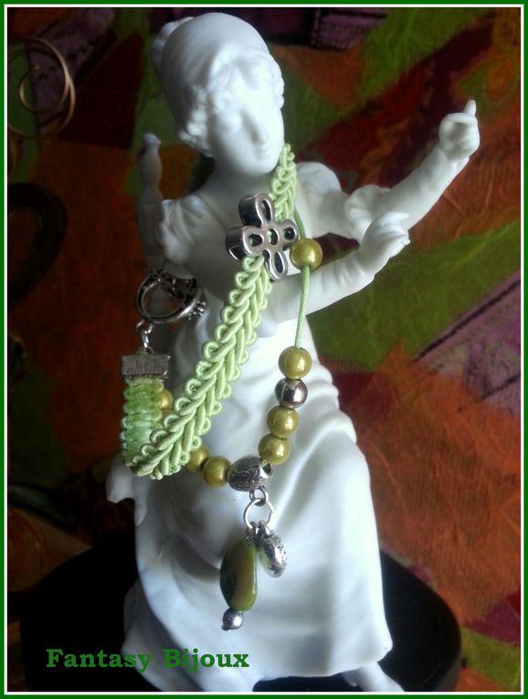 tous mes petits bracelet a partir de mai 2013.
