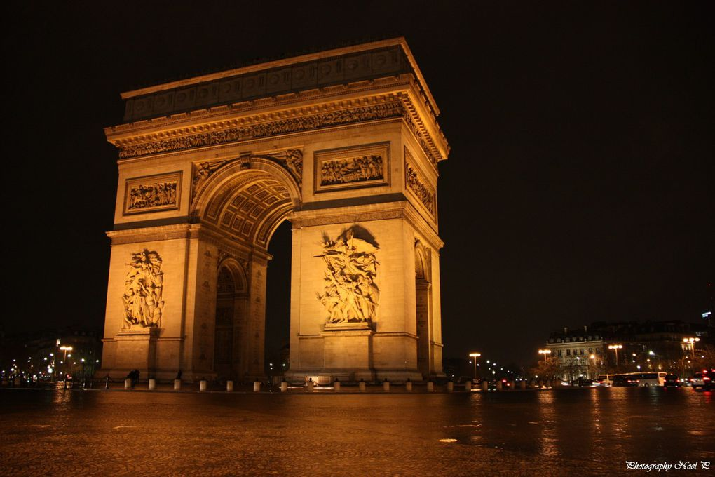 Monuments et statues de Paris