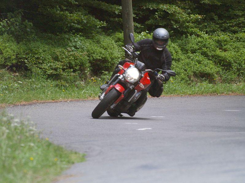 Vue par Fred, notre superbe virée de mai 2009. Près de 1800 Km sur les 5 jours...