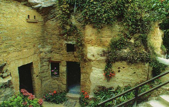 Album - Louresse-Rochemenier--le-village-troglodyte