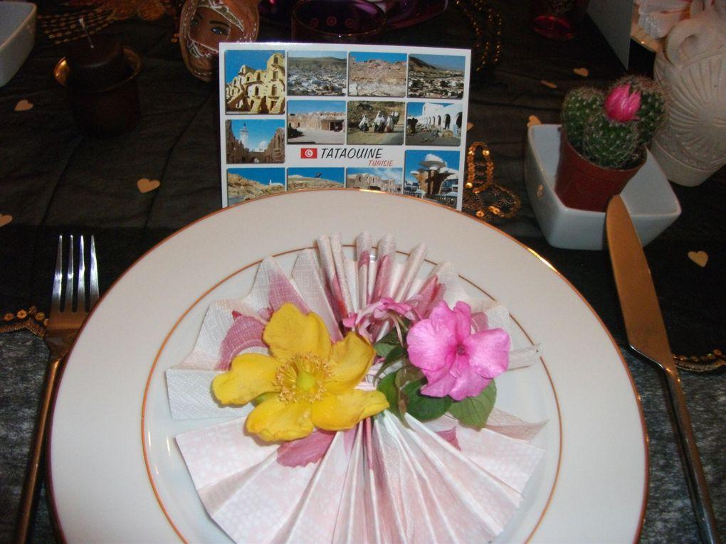 table faite au retour de vacances à zarzis,table que j'ai voulu plus épurée ...une belle balade au soleil...