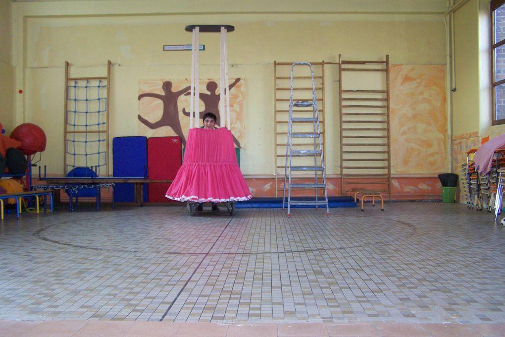 La géante de l'école Saint Pierre à Croix. Construite avec les enfants des classes de maternelle.