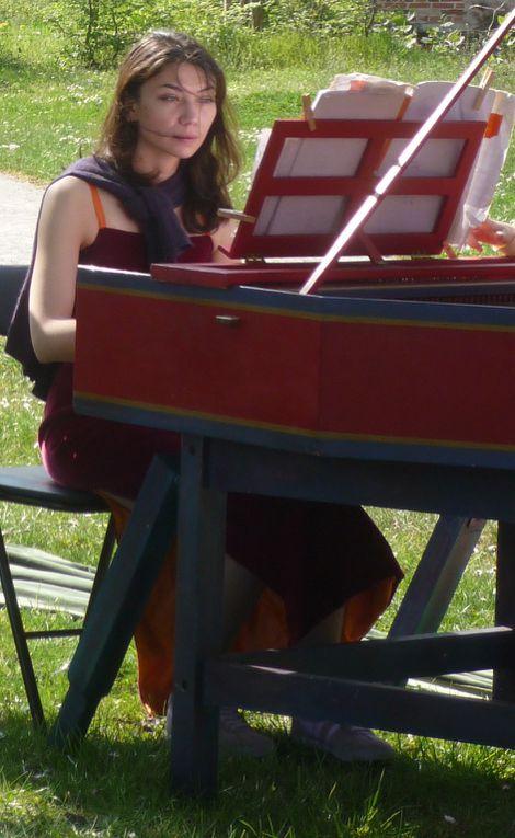 """Des photos prises lors de la première représentation de """"Un Français chez Vivaldi"""" avec Isabelle Bonnadier (soprano), Thierry Bordereau (comédien), Gwénaël Bihan (flûtes), Anne-Sophie Moret (viole de gambe), Caroline Huynh van Xuan (clavecin)"""