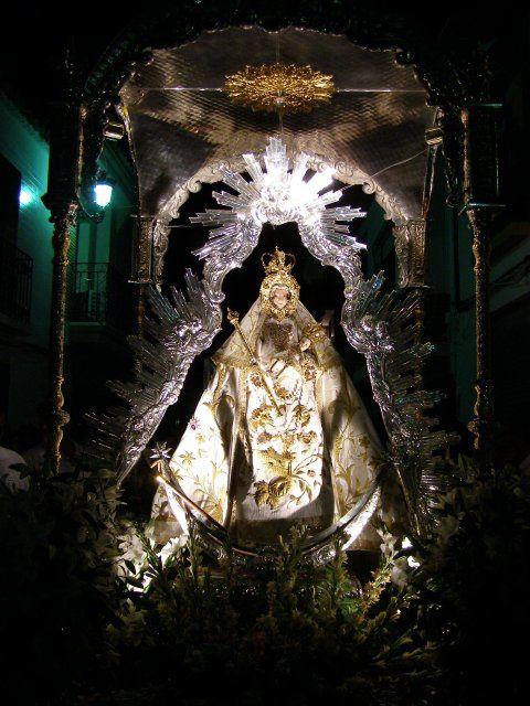 Estampas de la procesión de la patrona de Santaella, Ntra. Sra. Del Valle.8 de Septiembre de 2010