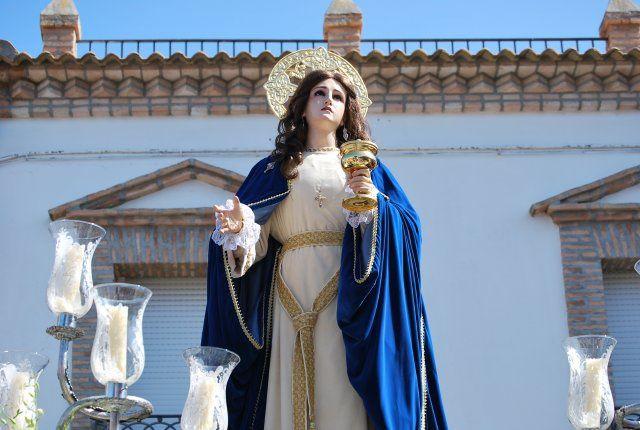 Procesiona el Viernes Santo junto a Jesús Nazareno, San juan, Verónica y Mª Stma. de la Soledad