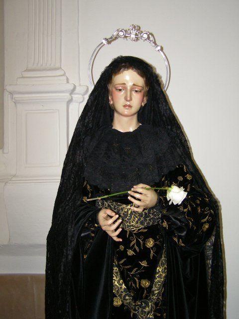 Grupo de la Santa Mujer Verónica.Procesiona el Viernes Santo junto a Jesús Nazareno, San Juan, Magdalena y Mª Stma de la Soledad.