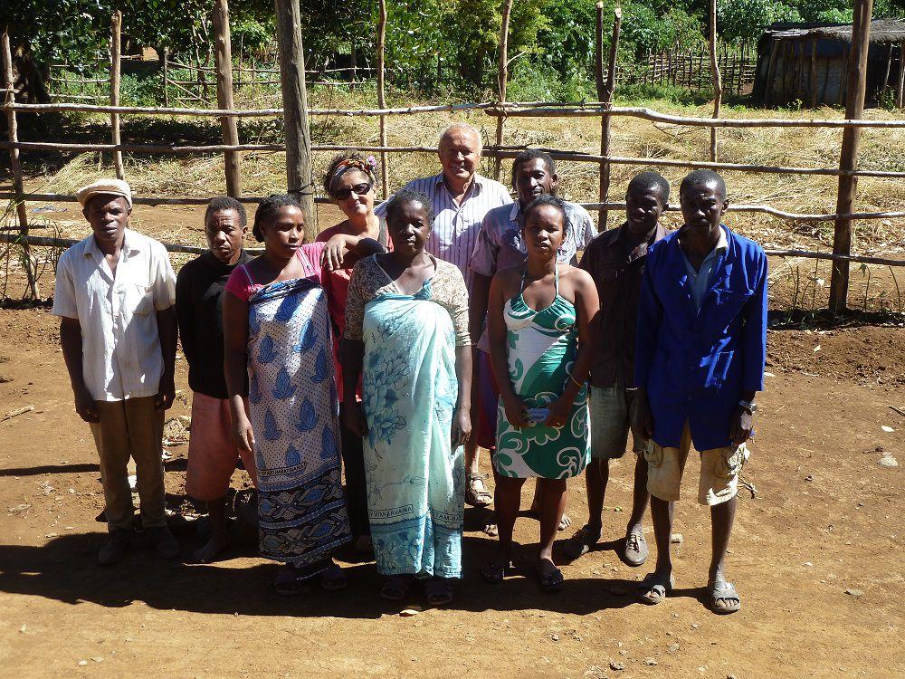 Aide apportée par association Soamiandry à l'hôpital de brousse ANKOREFO