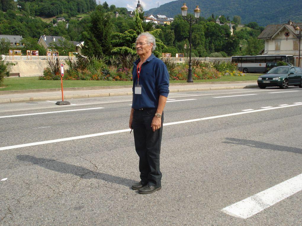 200 photos prises les 8, 9 et 10 juillet dans les rues d'Albertville et à la halle olympique