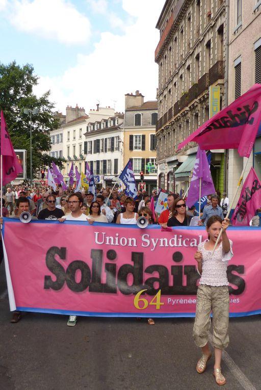 Nous étions plus de 100 solidaires le 27 mai 2010 place Verdun ,une mobilisation réussie !!
