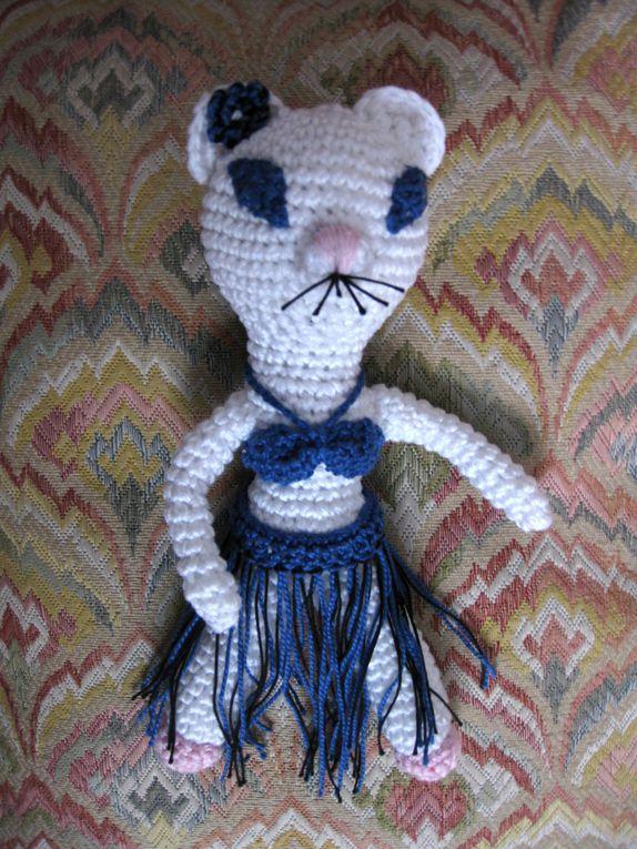 Album - cal-chat-alors--une-danseuse-hawaienne-