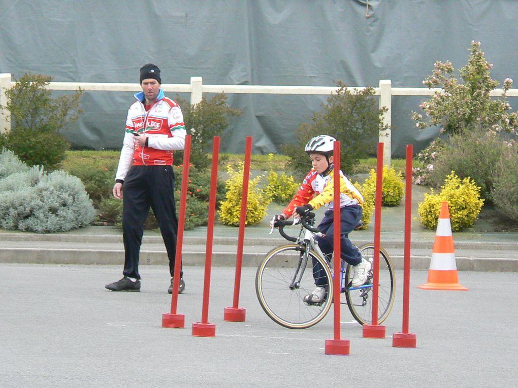 Championnat départementale 2012 des écoles de cyclisme vu par Plaintel Vélo Star