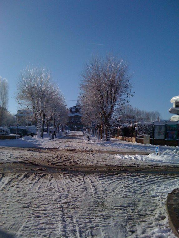 Notre maison sous la neige en décembre 2010.
