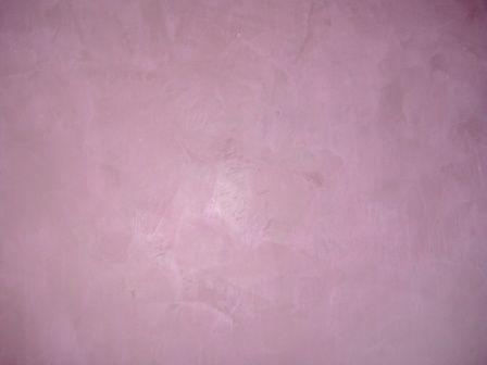 Enduit décoratif à effets nuancé prun et gris, par absolument déco, entreprise de peinture batiment et peinture décorative sur la région Parisienne.