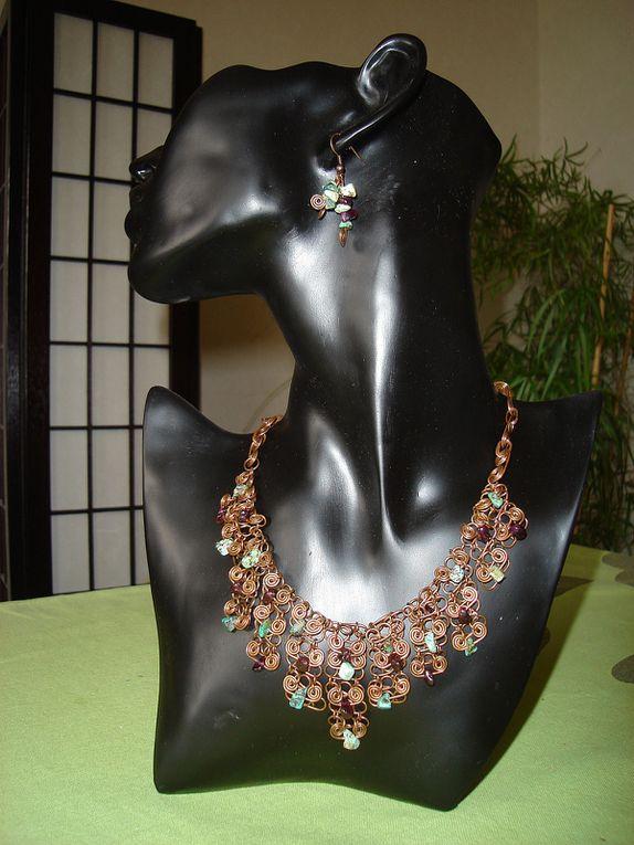 Boutique: http://www.bijouxiletaitunejoie.fr/accueil-caaaaaaaa.asp