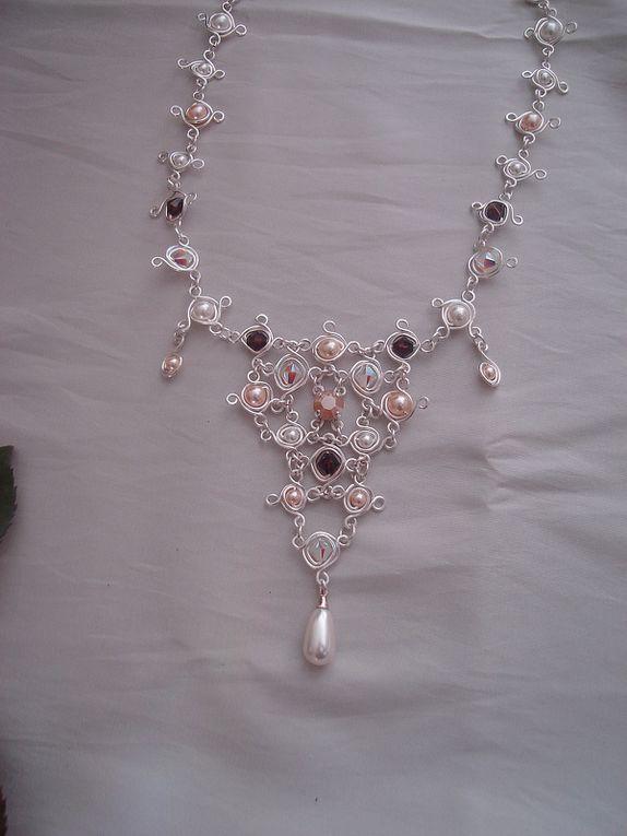 Bijoux d'inspiration médiévale...Boutique: http://www.bijouxiletaitunejoie.fr/accueil-caaaaaaaa.asp