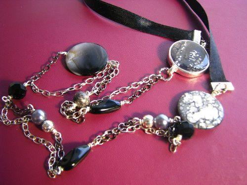 Veuillez me contacter pour vérifier la disponibilité des bijoux. Pour une meilleure information, consultez mon profil Facebook. cherie.creations@gmail.com