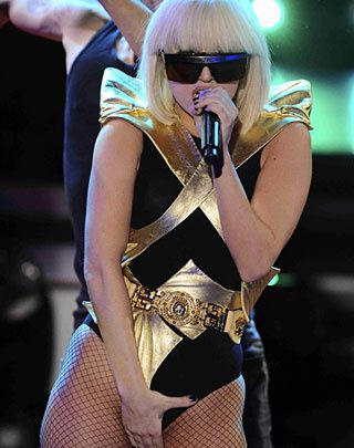Lady Gaga et ses extravagants accoutrements