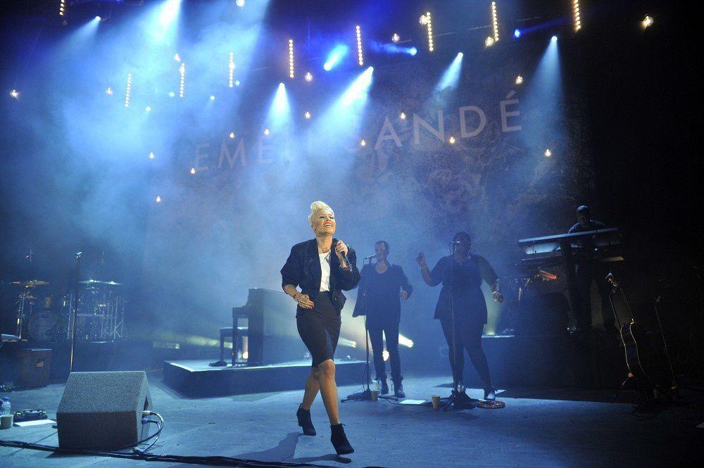 Emeli Sandé supera a Los Beatles