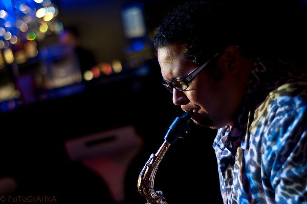 Gabriel-POP-Jazz-Ensamble Presenta a Sandy Gabriel el 29 /4/2013 CASA DE TEATRO