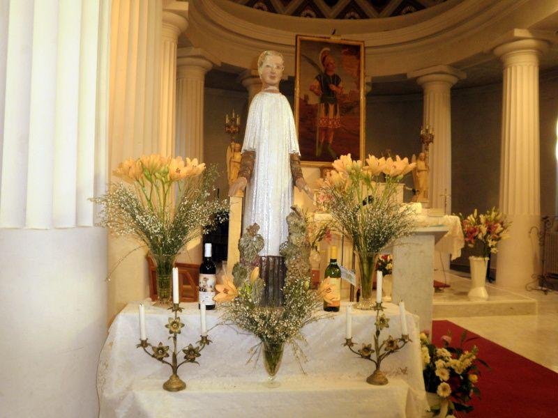 Célébration de Saint Vincent le diacre à St Roman de Bellet au milieu des Vignerons de Bellet