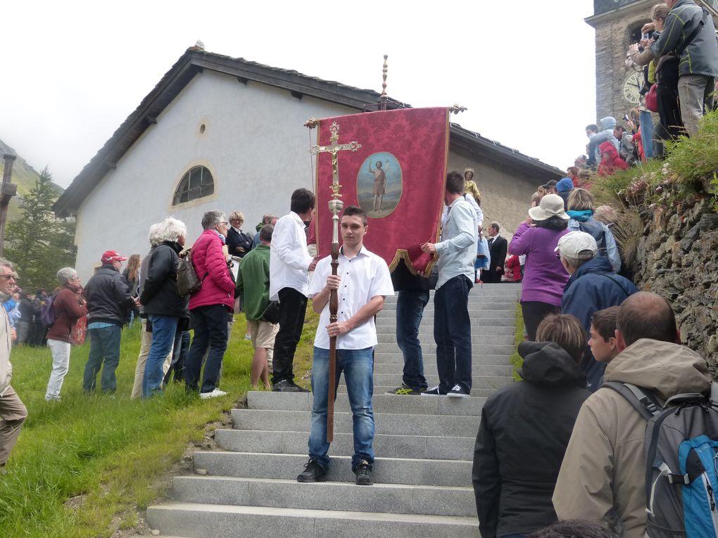 Les festivités du 15 août à Bessans autour de la religion, de la fête et de la tradition.Photos : M.Bêche, JN.Suiffet, EM.Tracq.