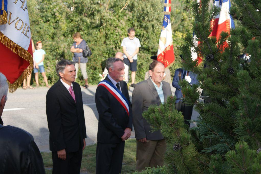 67 ans après leur libération, les communes de Saint-Jean-de-Maurienne et de Villargondran s'unissent pour la commémoration.Photos : J.Tracq