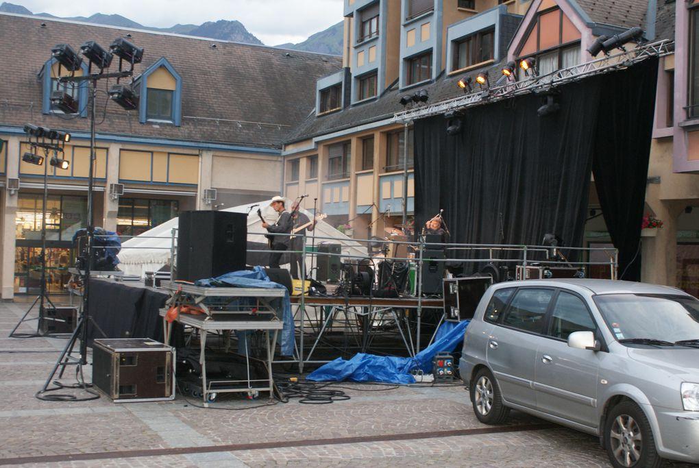 Quelques image de la Fête de la Musique à Saint-Jean-de-Maurienne.Photos : J.Tracq