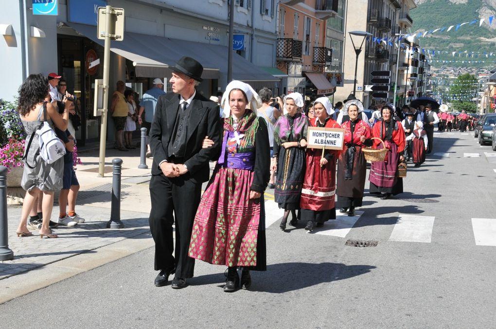 La ville de Saint-Jean-de-Maurienne perpétue la tradition de la Fête du Pain.Photos : P.Dompnier, J.Tracq