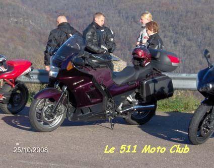 2ème sortie du club moto depuis sa création un mois plus tôt.Participaient 6 motos :- Restoco et son 1300 FJR, avec Audrey comme passagère,- Jahja et son R1,- Les 2 pirates et leur GTR,- Francky et son 996 Ducati de l'époque,- Christophe e