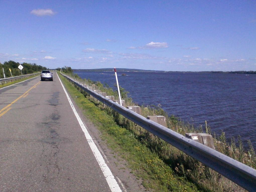 Encore un trip de véloroute à travers les monts et merveilles de l'Ontario et du Québec.