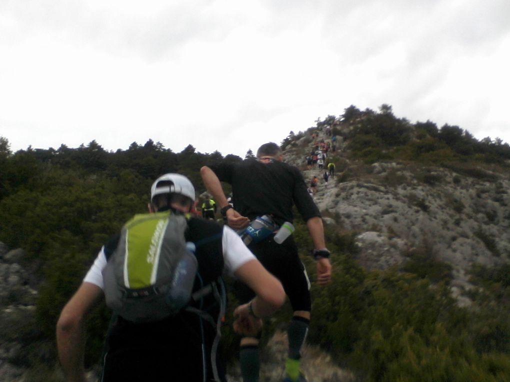 Sur 1200 coureurs au départs, seuls 80 monteront au sommet et redescendront sans l'aide de l'ambulance en étant en état d'hypothemie. Je suis content de pouvoir dire que j'ai fait parti du groupe de survivants...
