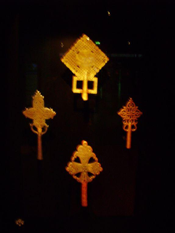 Quelques merveilles de l'art primitifs que j'ai personnellement immortalisé, lors d'une visite au musée BRANLY.