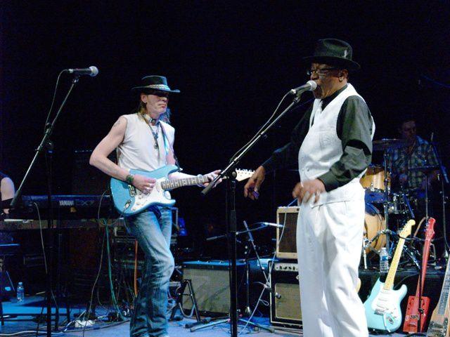 Popa Chubby, concert 30 janvier 2007, Hangar 23, RouenBernard Allison, La Traverse, Cléon, mercredi 5 octobre, photos Alain Lefebvre
