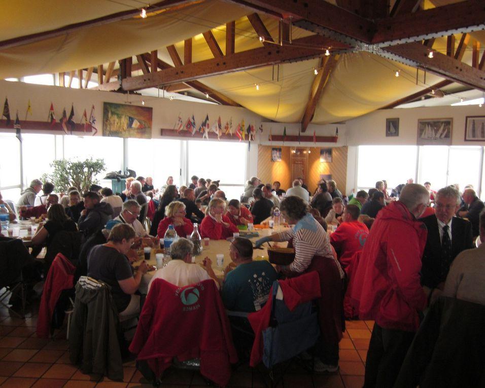 Reportage des 12èmes rencontres conviviales de cerfs-volistes de Fécamp qui ont eu lieu les 23, 24 et 25 juin 2012.