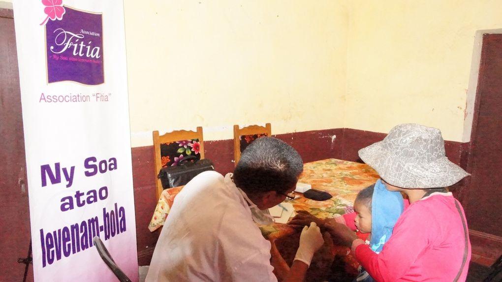 Actions de l'association Fitia à Talatanivolonondry et Anosy Avatra, ce mardi 11 septembre 2012. Photos: Harilala Randrianarison