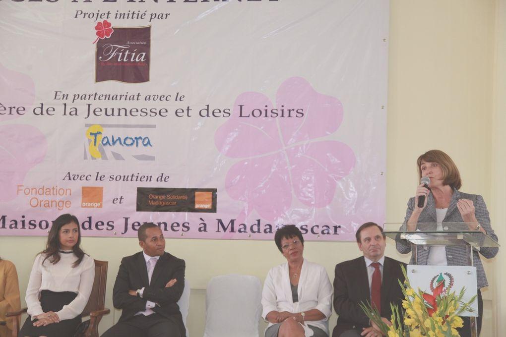 Bibliothèque Nationale Anosy. Inauguration du Centre accès Internet pour la Région Analamanga. Album 1. Photos: Harilala Randrianarison