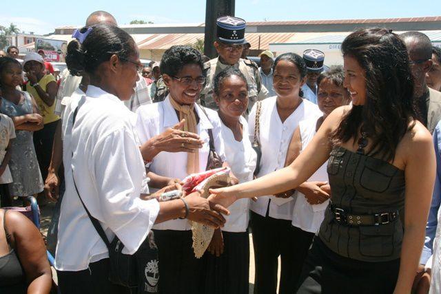 Visite à l'hôpital principal de Toamasina, à l'approche des fêtes de Noël et de fin d'année 2009.