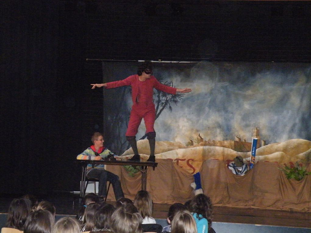 "Commedia dell'arte, ""Perfect voyage"""