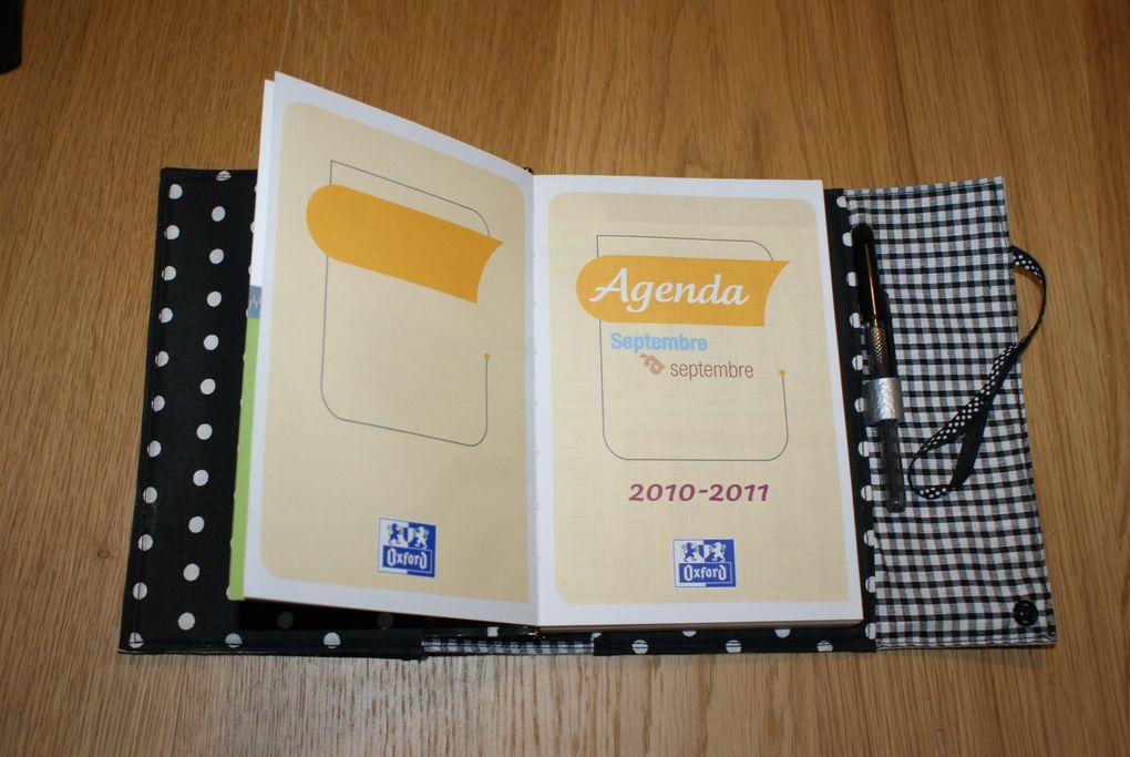 Carnets, pochettes, trousses, agenda...
