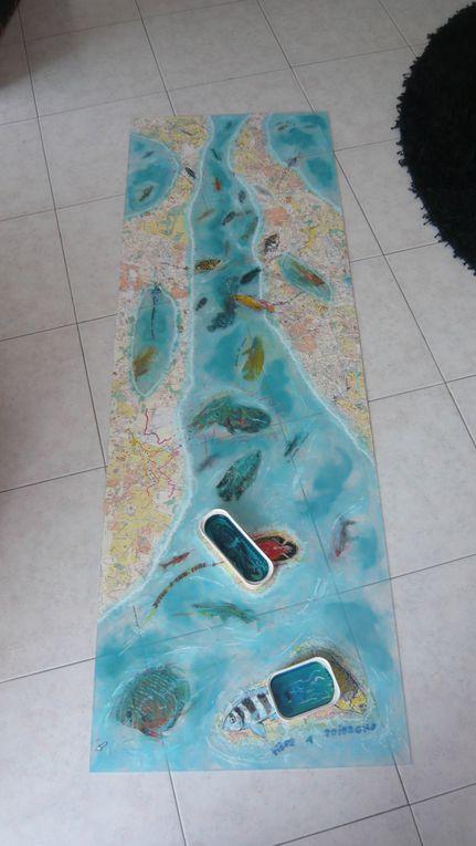 techniques mixtes et collage sur plexiglass.