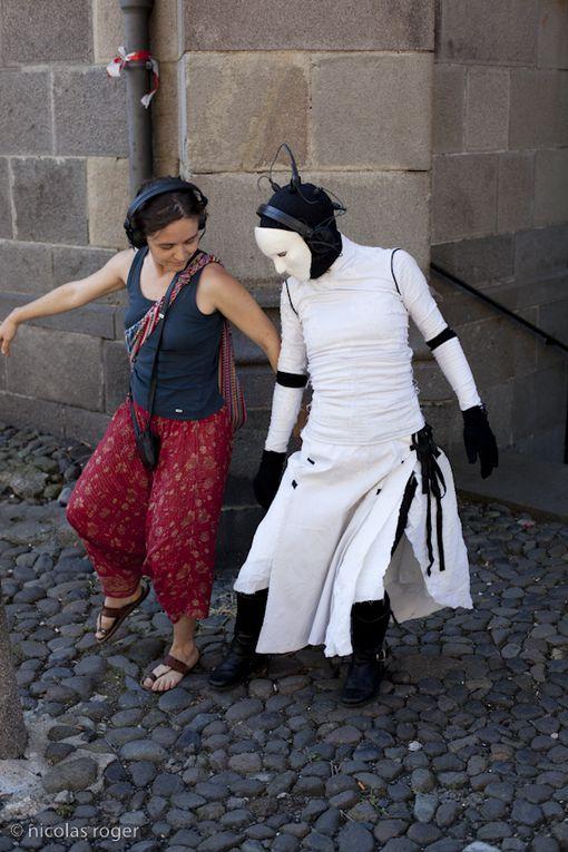 Solo dansé dans l'espace public, pour un spectateur(Création 2009)