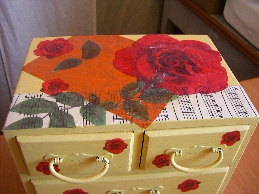 Réalisation d'objets peints et vernis, de fresques murales, et autres