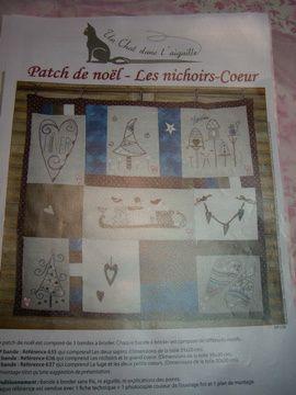 Réalisation de coussins, tableaux et autres au point de croix sur toile Aïda ou toile de lin.